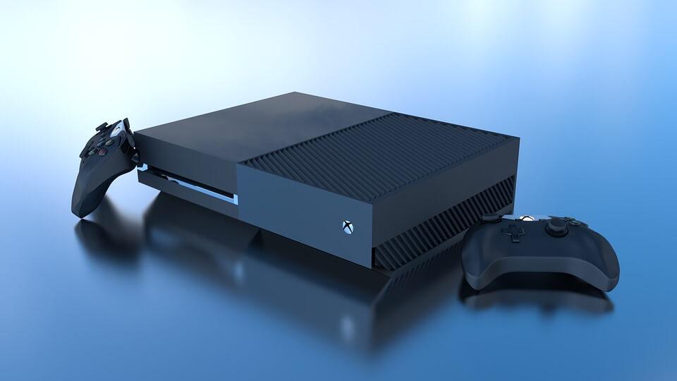 Конзола за игри Xbox One X с два контролера