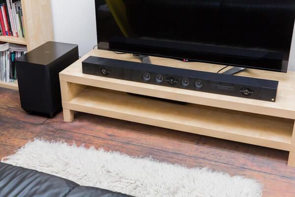 Саундбар Sony със субуфер и телевизор