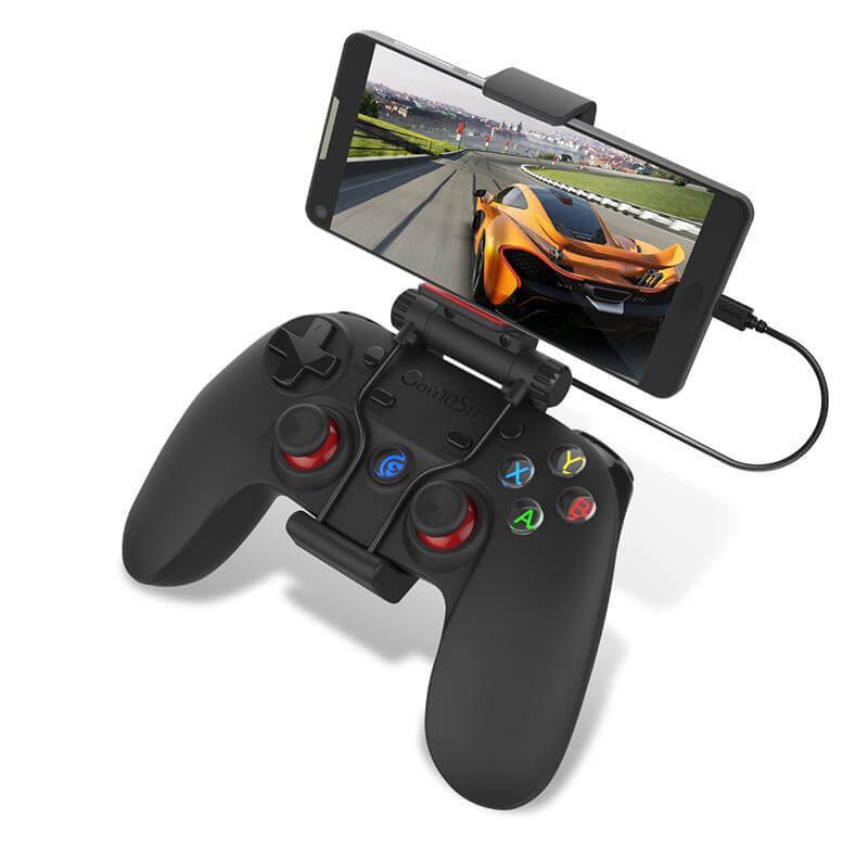 Джойстик за телефон GameSir G3w с поставен на скобата смартфон.