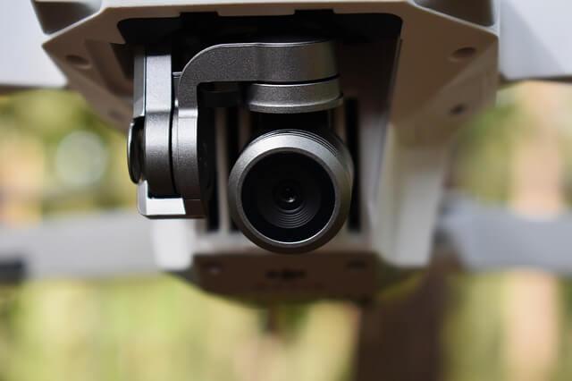 Близък план на камера на дрон